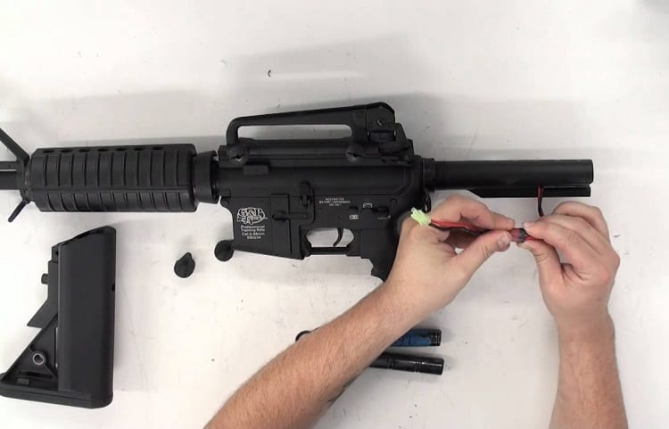 Airsoft Rifle Battery Disconnect